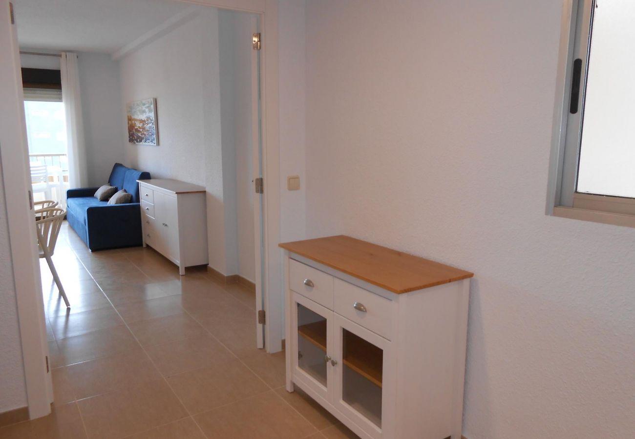 apartamento Albatros, amplio, primera línea, familiar, niños, playa