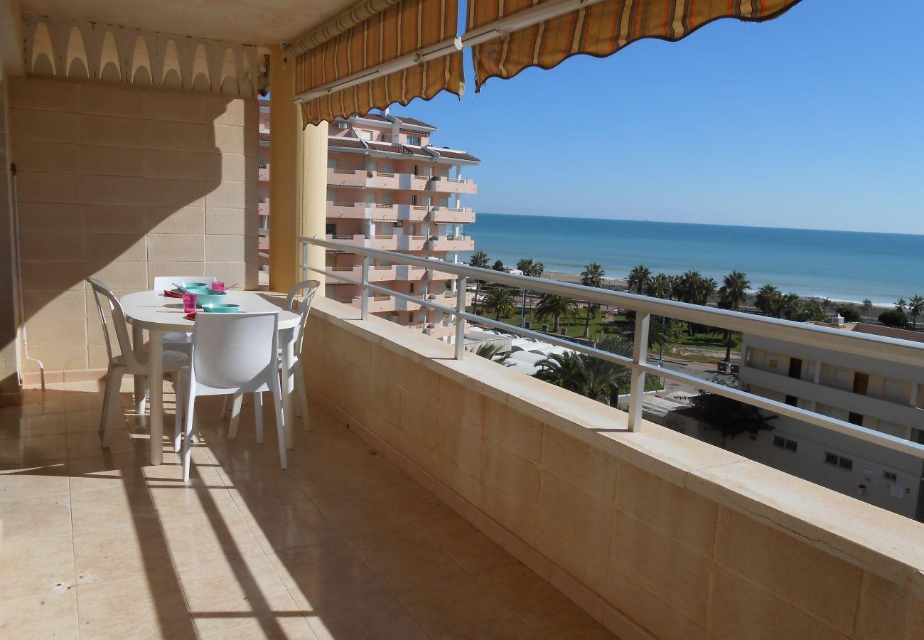 terraza amplia, relax, ideal familias, niños, cerca de playa