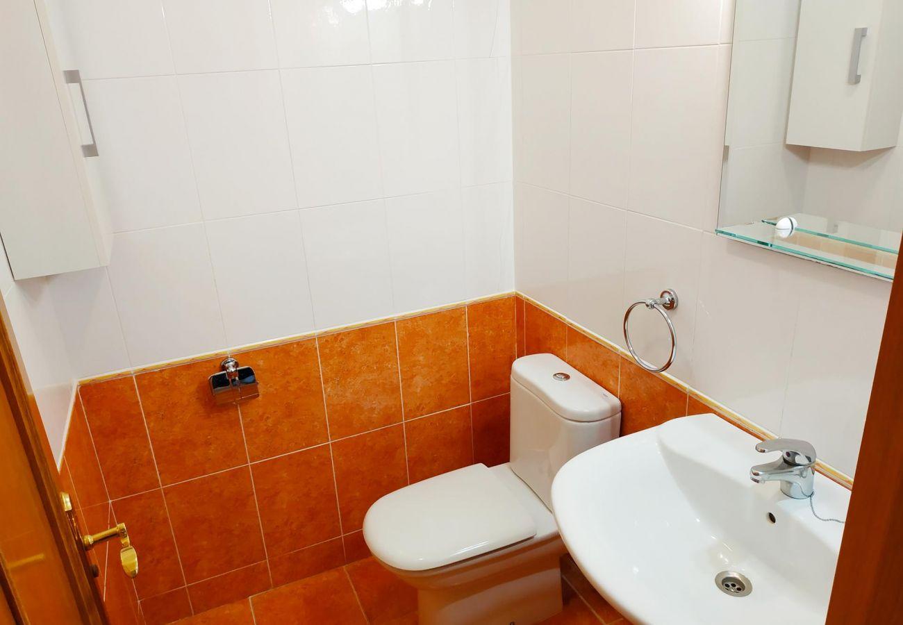 apartamentos nuevos con dos baños, playa, familia, niños, piscina