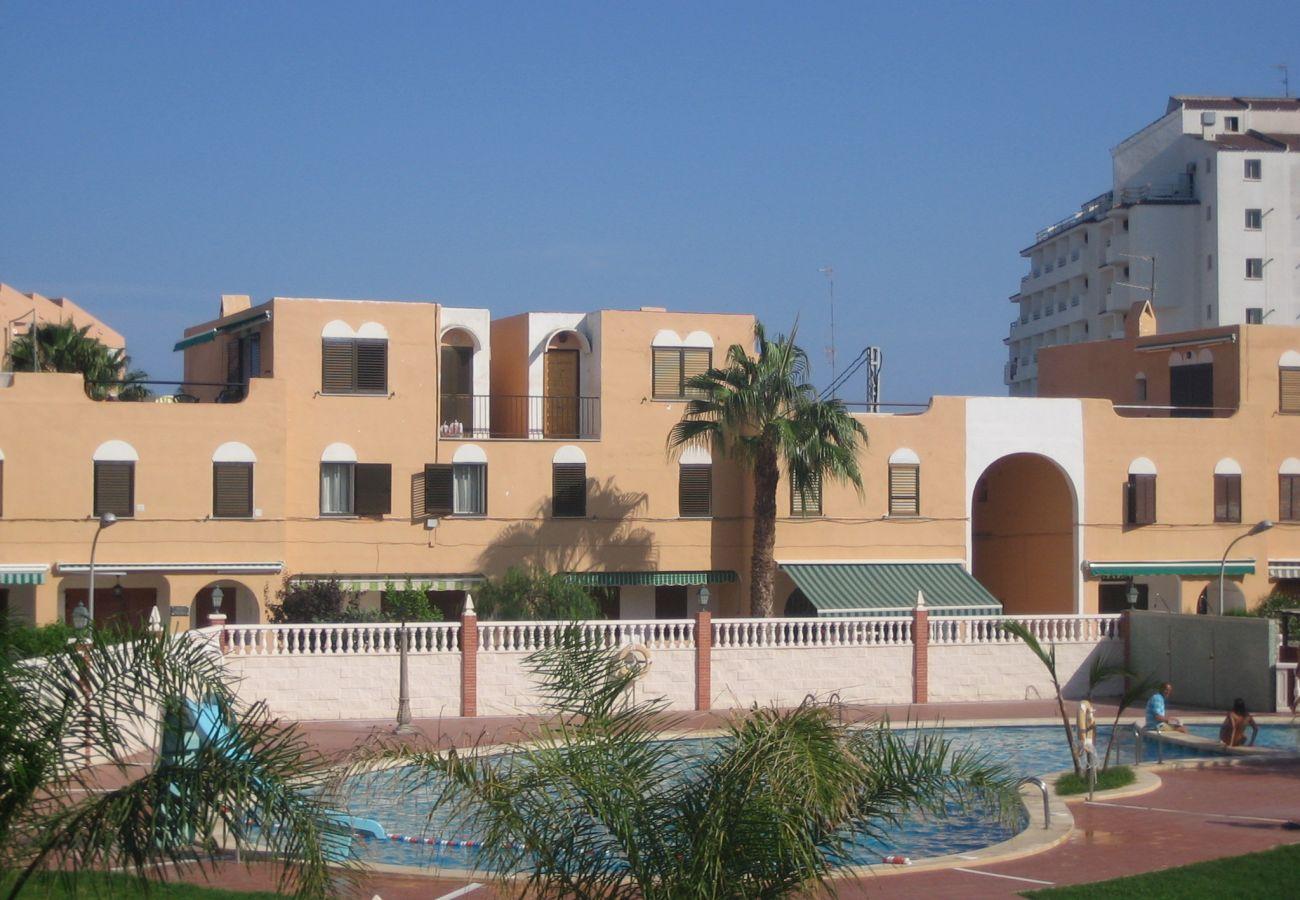 Swimming pool of urbanization Peñiscola Residencial de Peñiscola