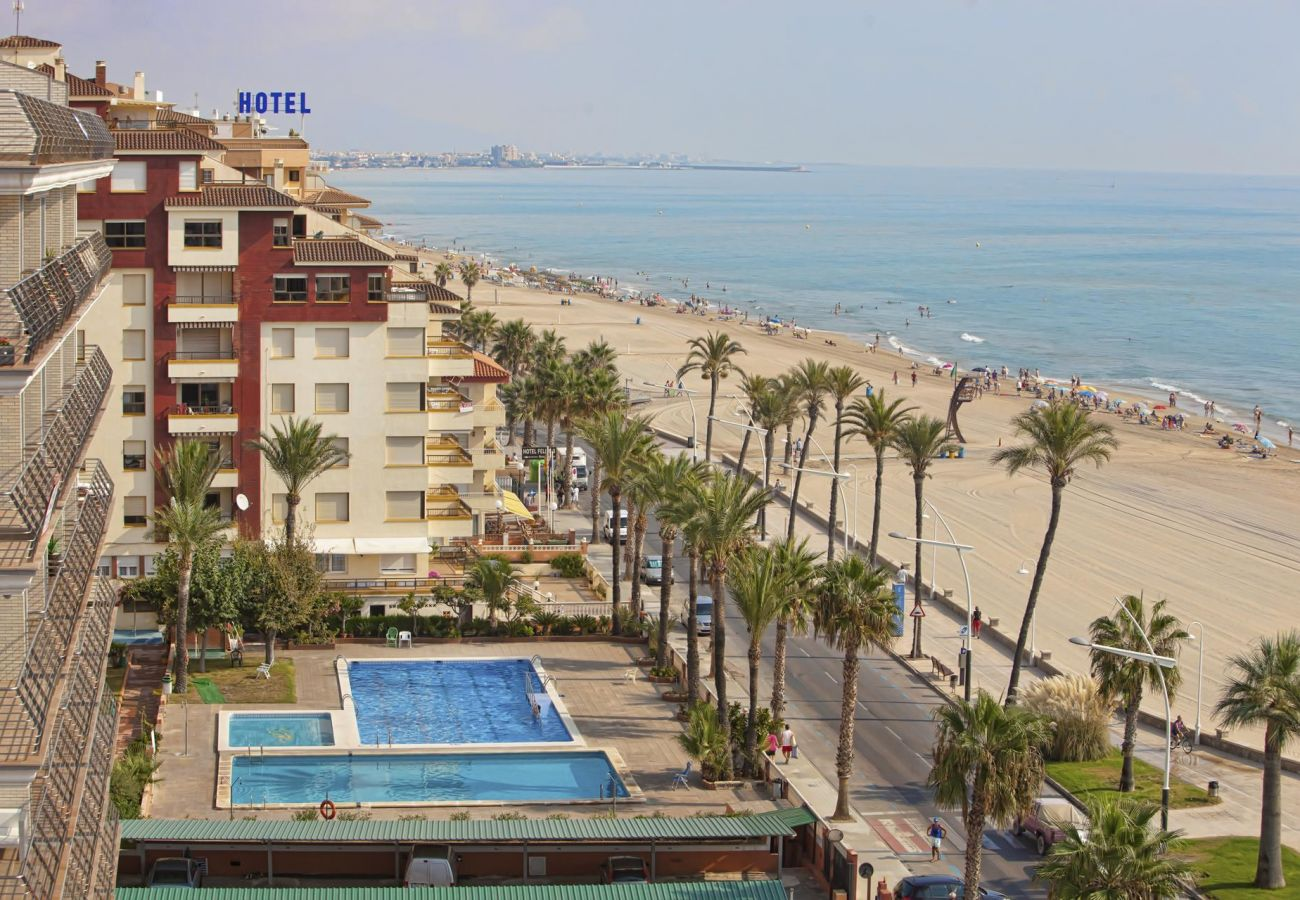 Albatros, pools, seafront, beach, family, children