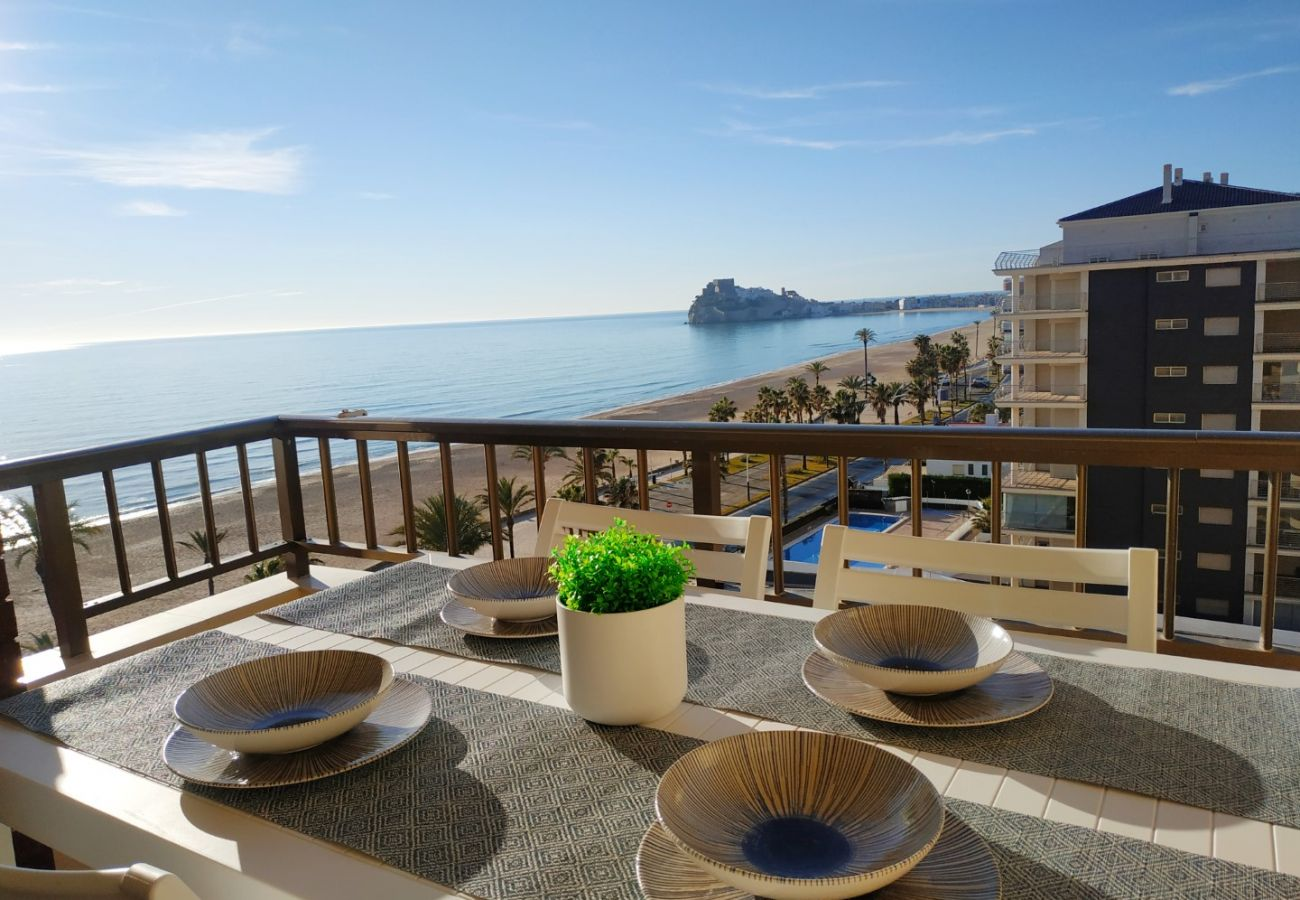 first line, terrace with views, new apartments, swimming pool, family, children
