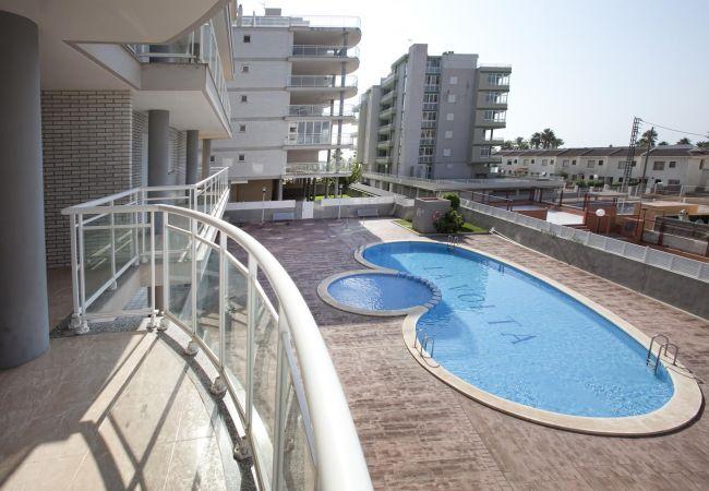 swimming pool, beach, family, children, tranquility, relaxation, Peñíscola.