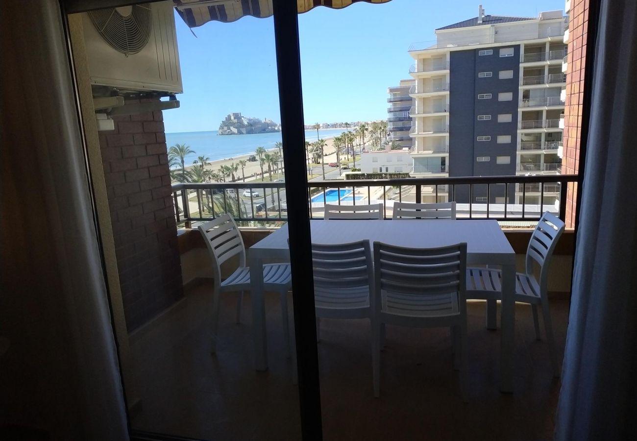 terrasse, première ligne, plage, famille, enfants, se détendre