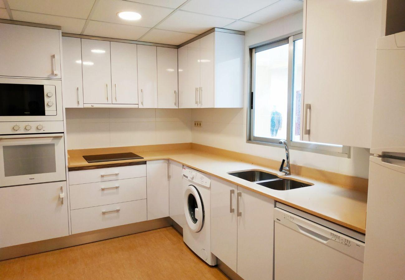 cuisine équipée, cuisine avec lave-vaisselle, grande cuisine, plage, famille
